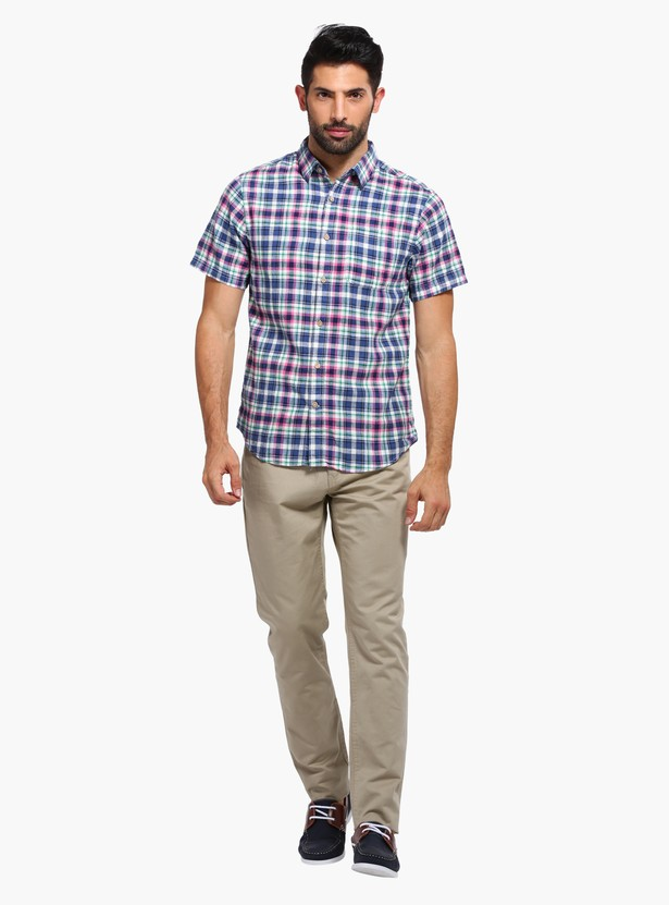 Chequered Short Sleeves Shirt with Dual Pockets