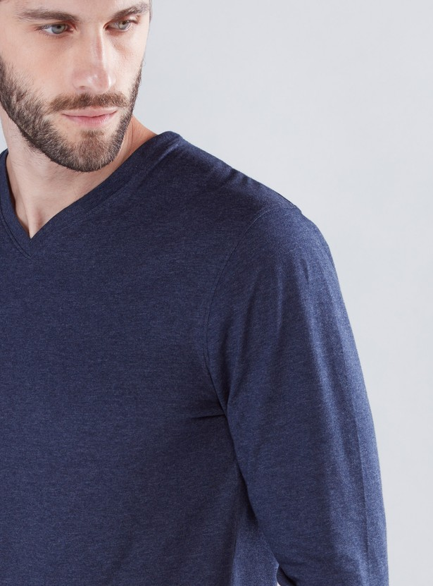 Textured T-Shirt with V-Neck and Long Sleeves