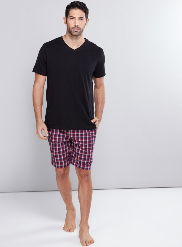 Chequered Shorts with Elasticised Waistband and Pocket Detail