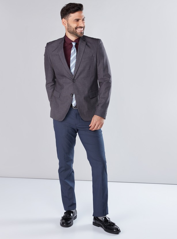 Textured Notched Lapel Formal Jacket with Long Sleeves