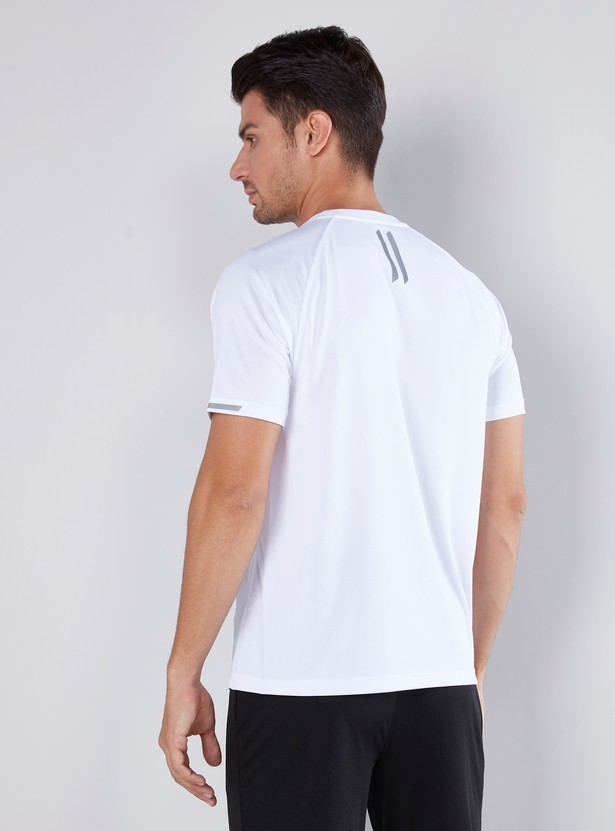 Plain T-shirt with Crew Neck and Raglan Sleeves