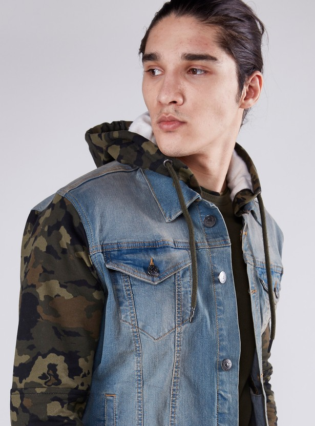 Camouflage Printed Hooded Denim Jacket with Pocket Detail