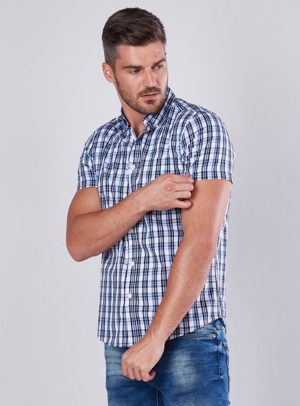 Chequered Shirt with Spread Collar and Short Sleeves