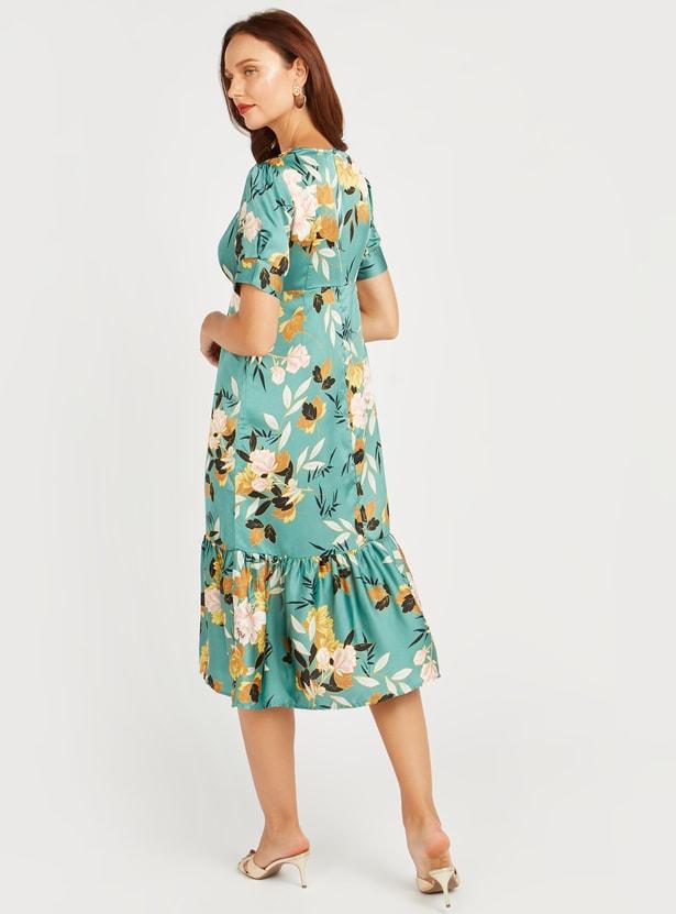فستان ميدي إيه لاين بأكمام قصيرة وطبعات أزهار