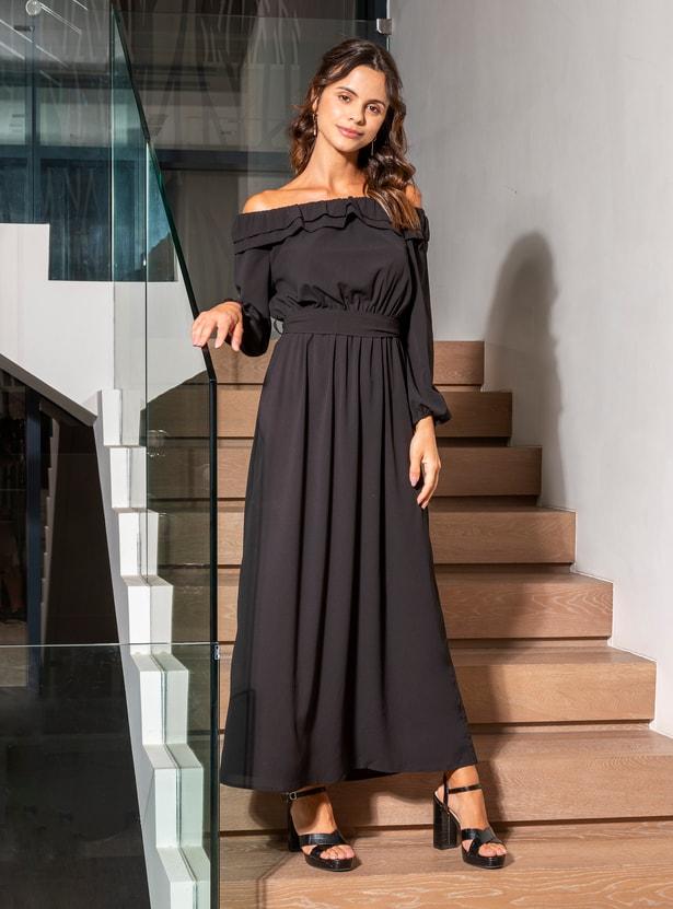 فستان سادة طويل إيه لاين بأكتاف مكشوفة وأكمام طويلة