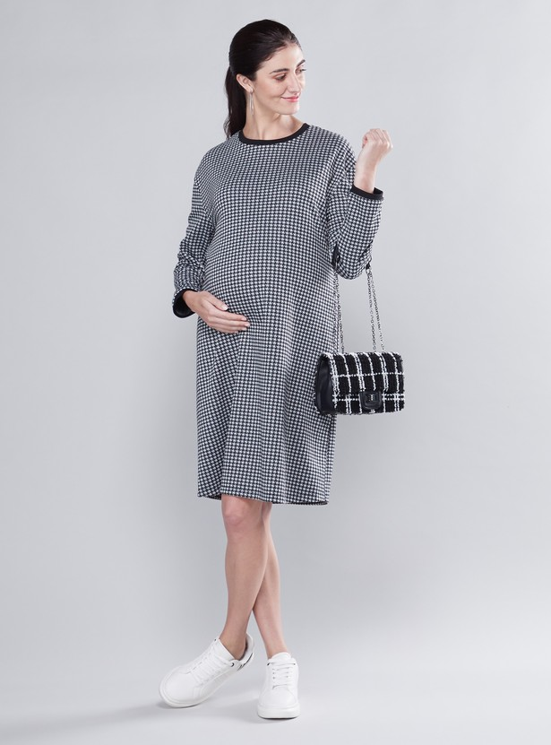 Maternity Chequered Midi Shift Dress with Long Sleeves