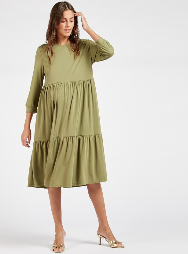 Solid Midi Tiered Maternity Dress with Round Neck and 3/4 Sleeves