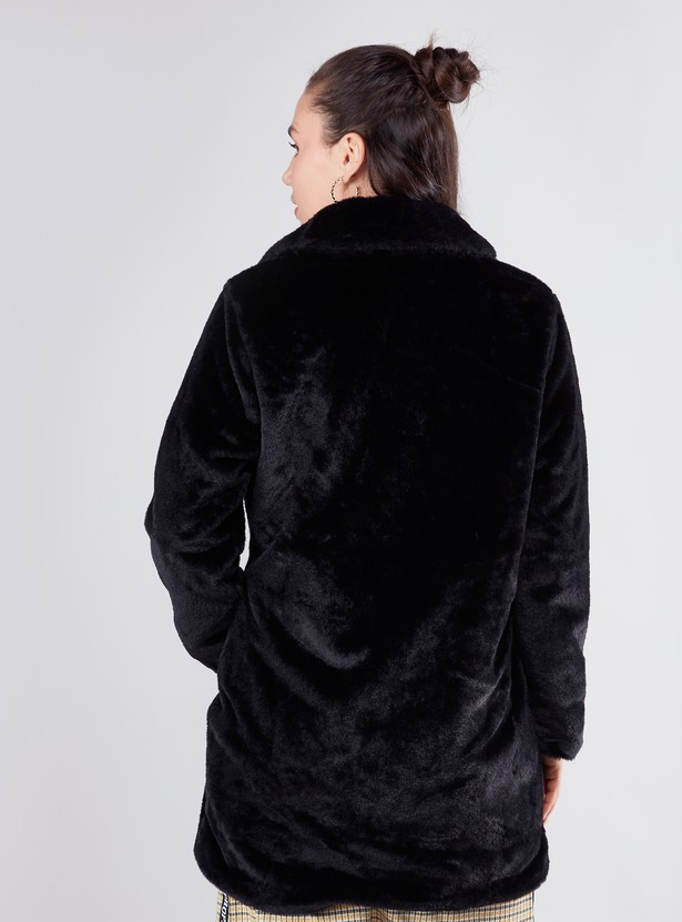 Fur Coat with Long Sleeves and Pockets
