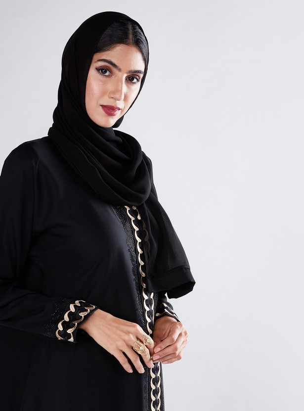 Embroidered Abaya in Straight Cut