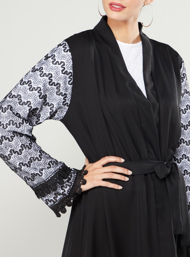 Abaya with Contrast Lining and Front Knot Styling