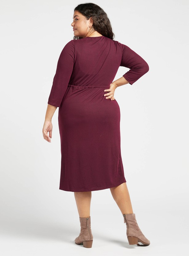 Round Neck Ribbed Midi Dress with 3/4 Sleeves