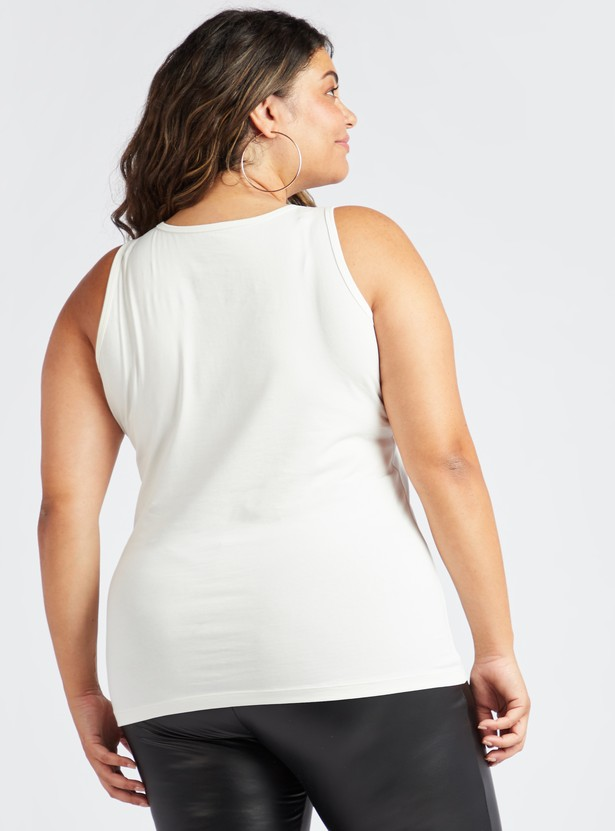 Solid Sleeveless Hip Length Vest with Round Neck