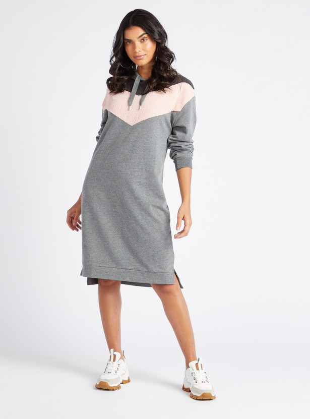 Chevron Detail Knee-Length Shift Dress with Hood and Long Sleeves