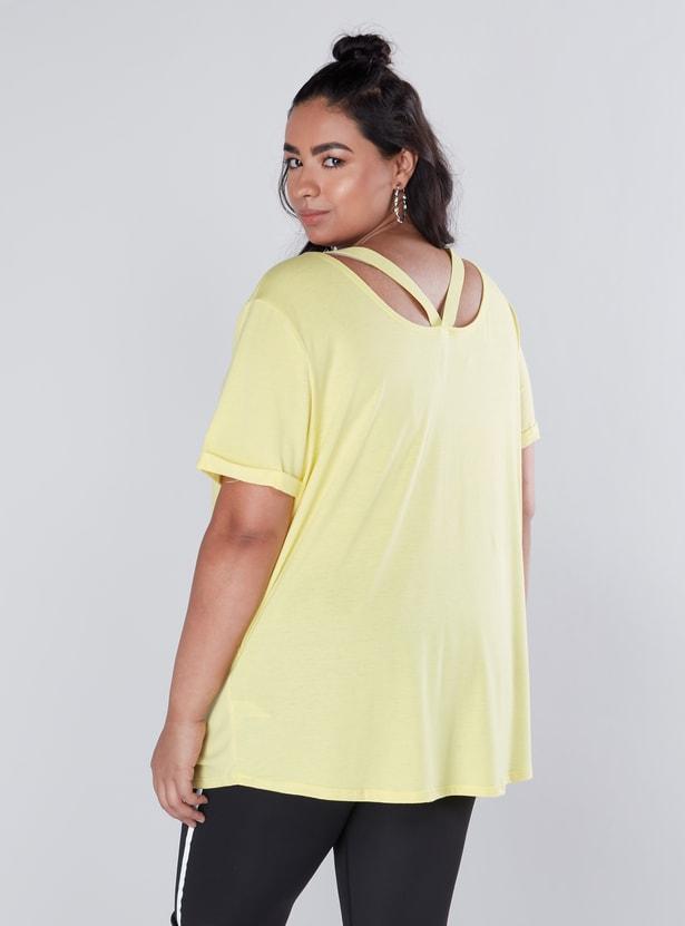 Printed Short Sleeves T-Shirt with Cutout Detail