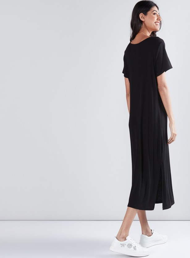 Ribbed Shift Dress with Round Neck and Short Sleeves
