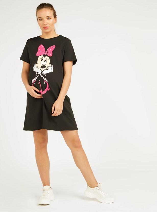 فستان ميدي إيه لاين بياقة مستديرة وأكمام قصيرة وطبعات ميني ماوس