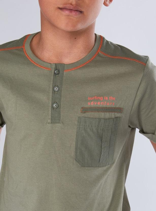 Printed Henley Neck Short Sleeves T-Shirt