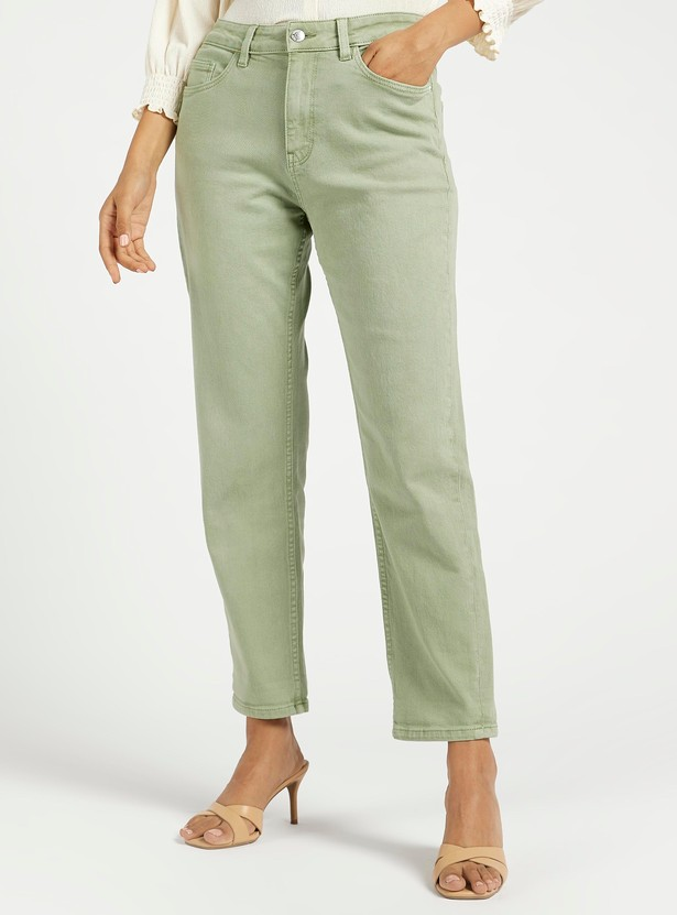 Solid Mom Fit Cropped Jeans with Pockets and Button Closure