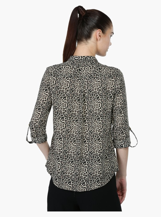 Printed Roll Up Sleeves Shirt with Complete Placket on the Front