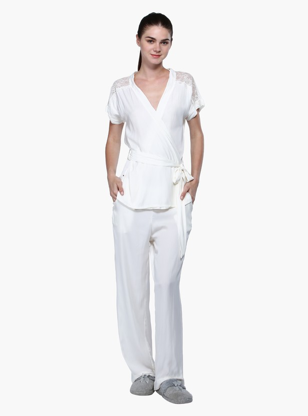 Pyjama Set with Lace Detailing and Tie Ups