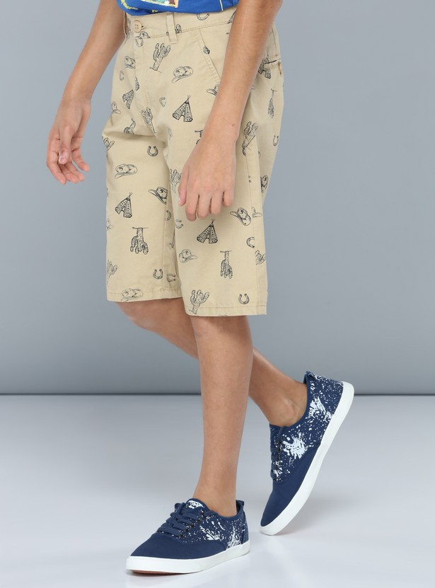Printed Pocket Detail Woven Shorts with Button Closure