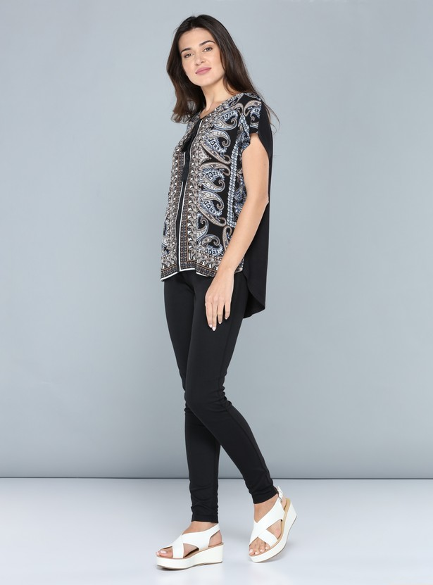 Printed Top with Round Neck and Tie Up