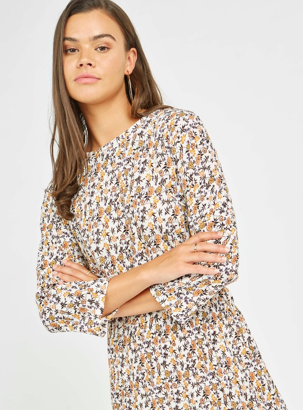 Printed Midi A-line Dress with 3/4 Sleeves and Pleats