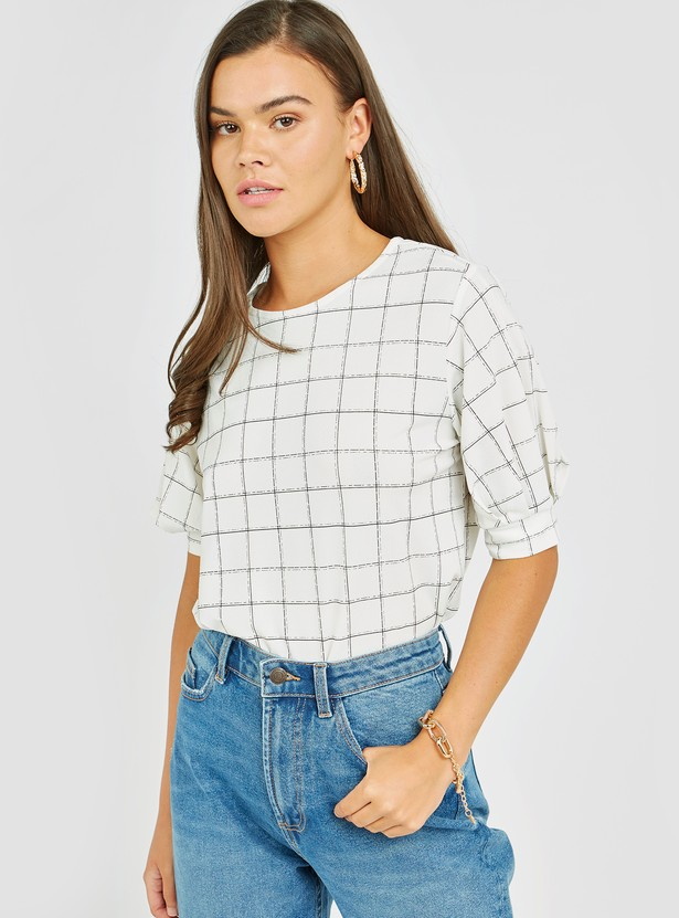 Checked Top with Round Neck and Short Sleeves
