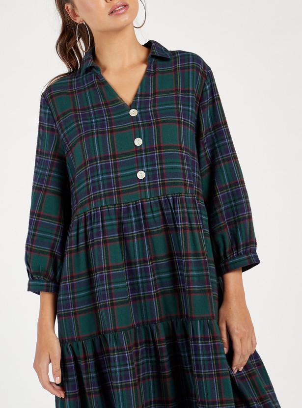 Checked Midi Tiered Flannel Dress with Collar and 3/4 Sleeves