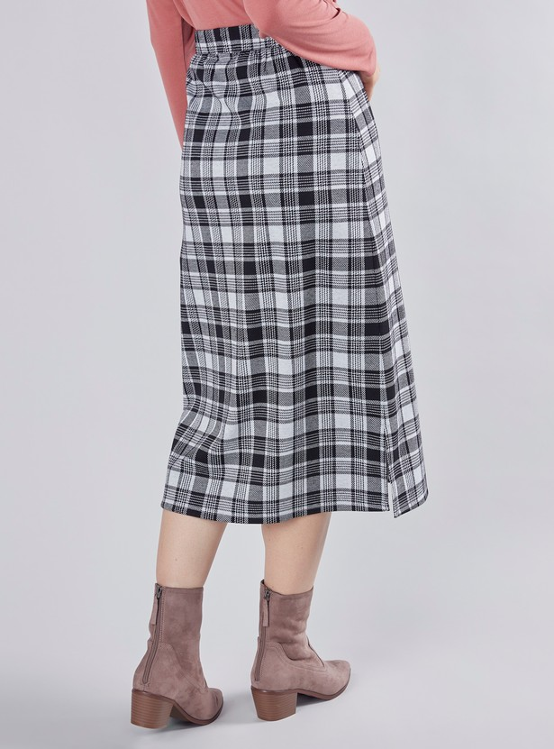 Checked Midi A-line Skirt with Elasticated Waistband and Side Slit