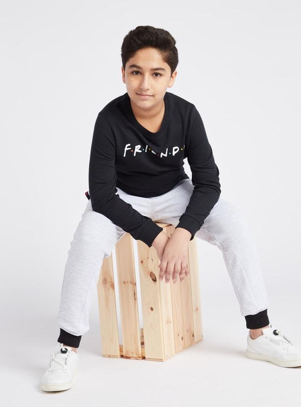 Friends Print Sweatshirt with Long Sleeves