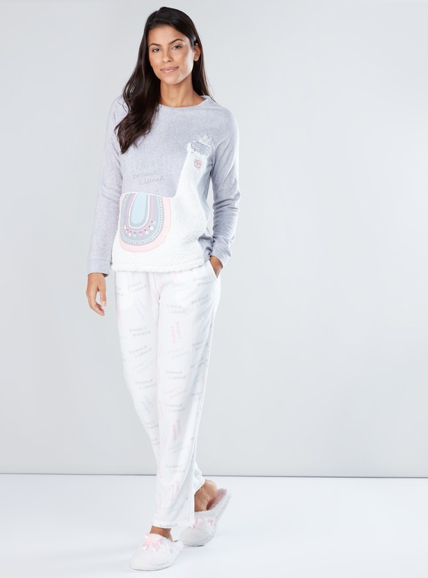 Textured Long Sleeves T-Shirt and Printed Pyjama Set