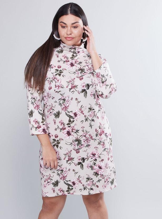 فستان متوسط الطول بأكمام ورقبة واسعة وطبعات أزهار