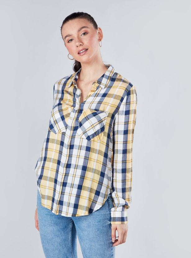 قميص كاروهات بأكمام طويلة ووصلة أزرار كاملة