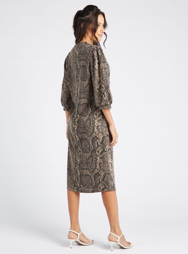 Reptile Print Midi Shift Dress with Round Neck and 3/4 Sleeves