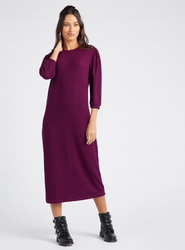 Ribbed Midi Shift Dress with Round Neck and 3/4 Sleeves