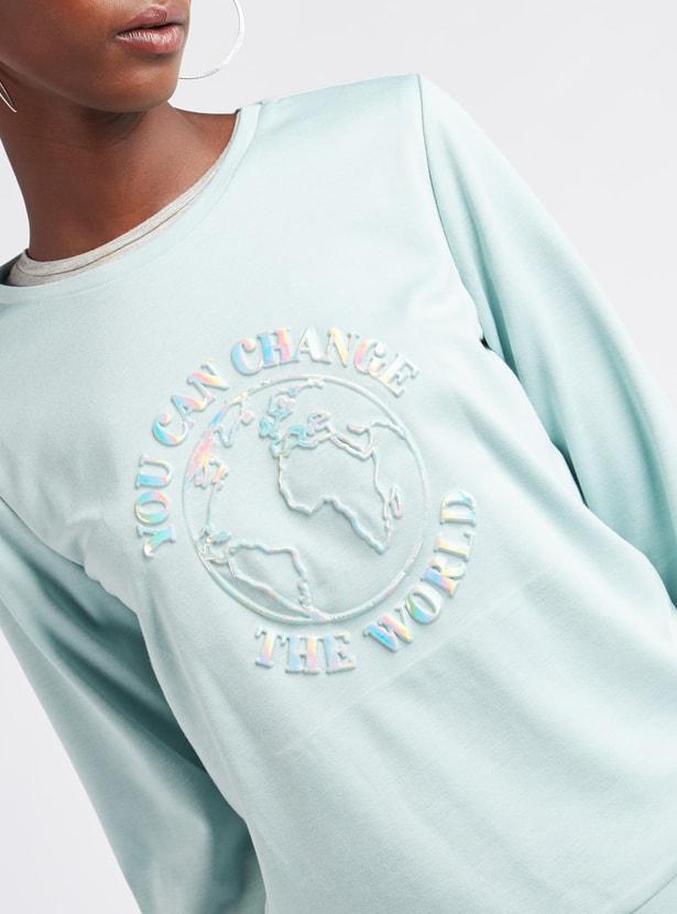 Embossed Round Neck Sweatshirt with Long Sleeves