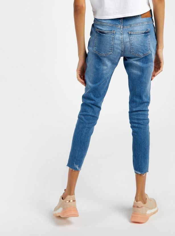 بنطلون جينز طويل مضلع بخصر متوسط الارتفاع مع زر للإغلاق وجيوب