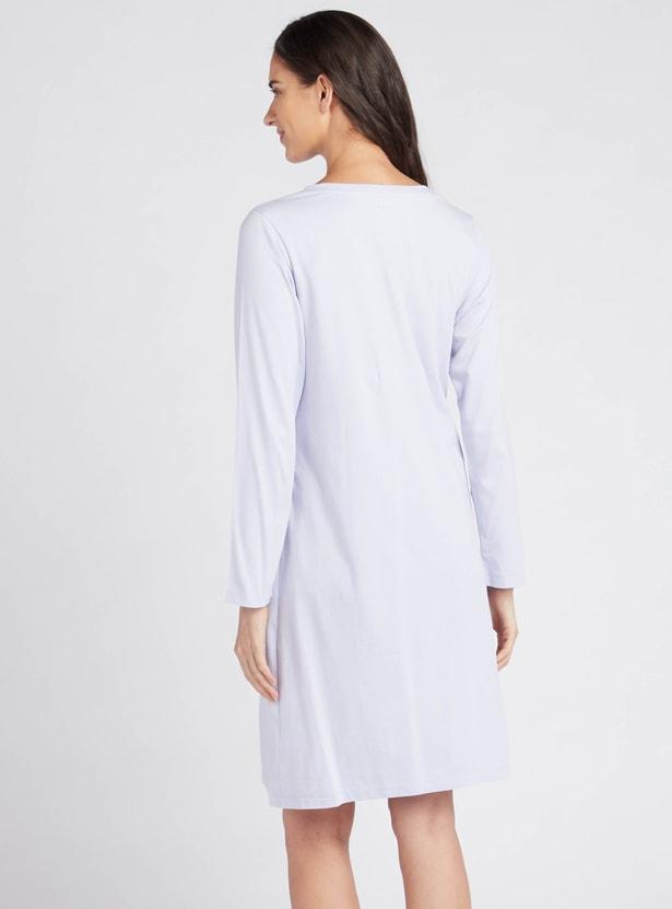 قميص نوم بياقة v للحوامل بطبعات وأكمام طويلة
