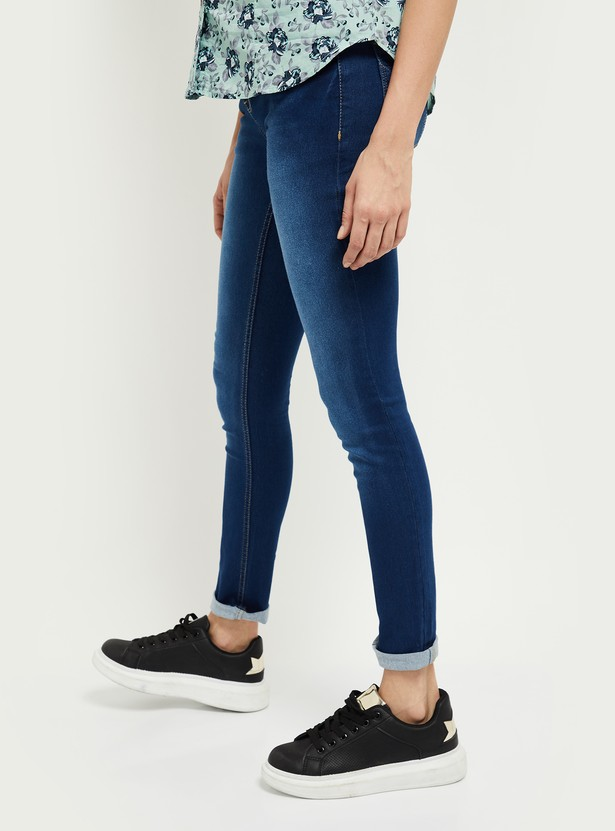 MAX Stonewashed Skinny Jeans