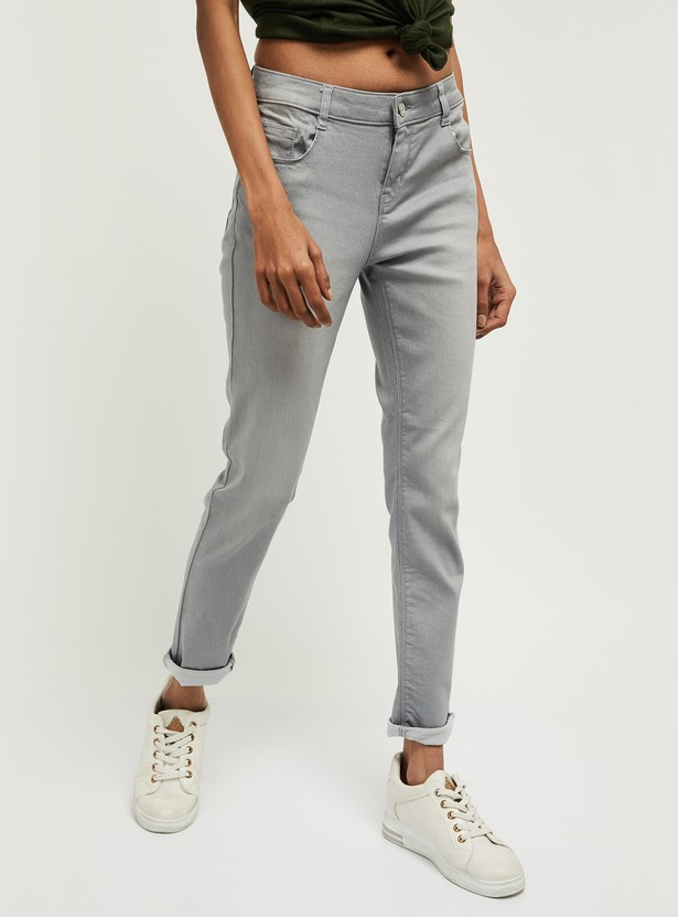 MAX Stonewashed Pencil Fit Jeans