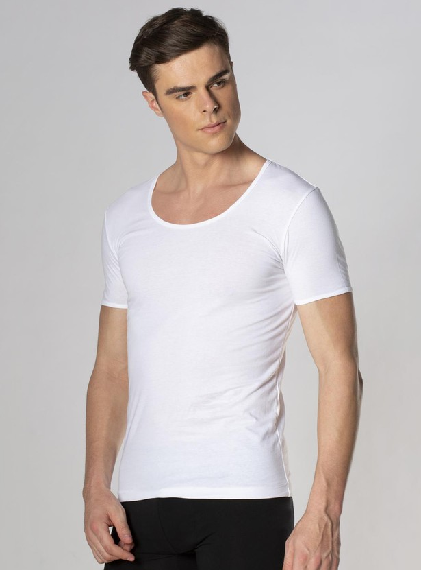 PETER ENGLAND Solid Vest