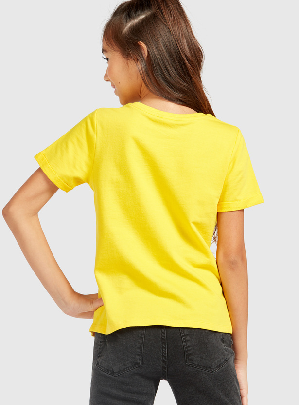 Pearl Detail T-shirt with Round Neck and Short Sleeves