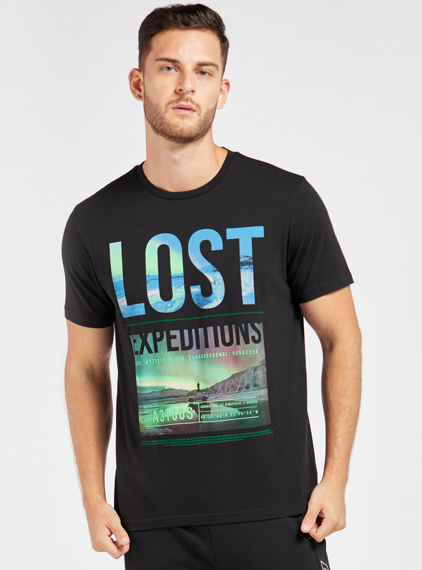 Graphic Print Round Neck T-shirt with Short Sleeves