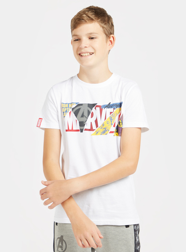Marvel Print Round Neck T-shirt with Short Sleeves