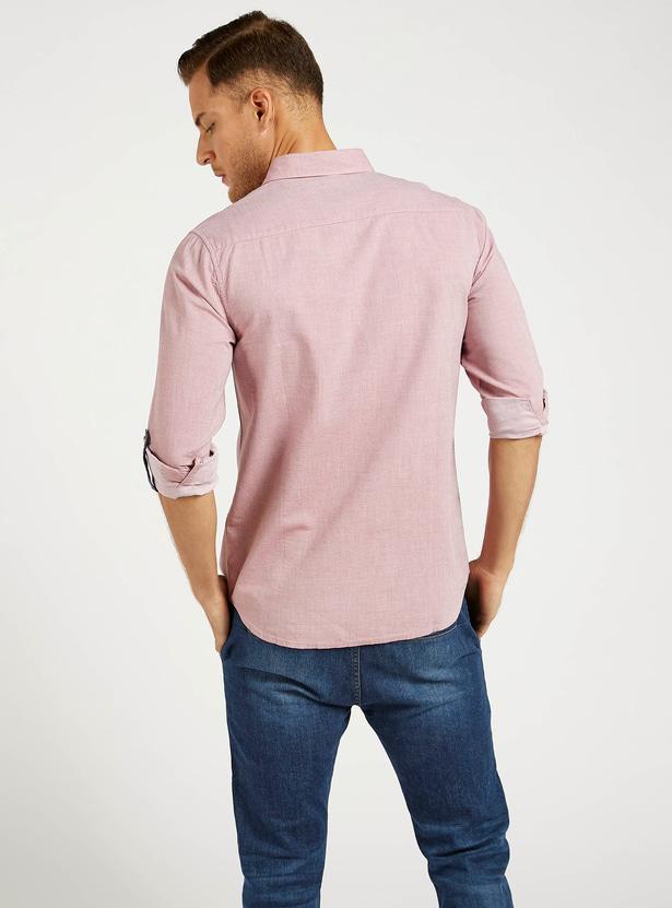 قميص سادة بأكمام طويلة وأزرار