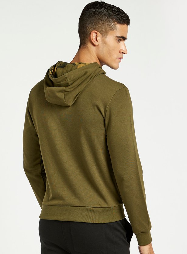 Camo Print Hoodie with Long Sleeves and Front Nylon Flap Pocket