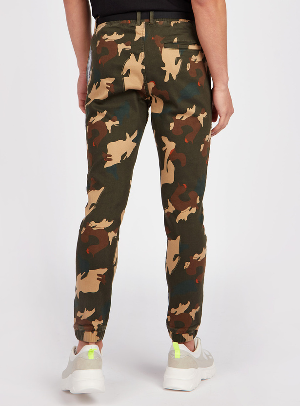 Slim Fit Mid Rise Camouflage Print Jog Pants with Pocket Detail
