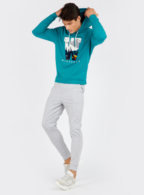 Embroidered Sweatshirt with Hooded Neck and Long Sleeves