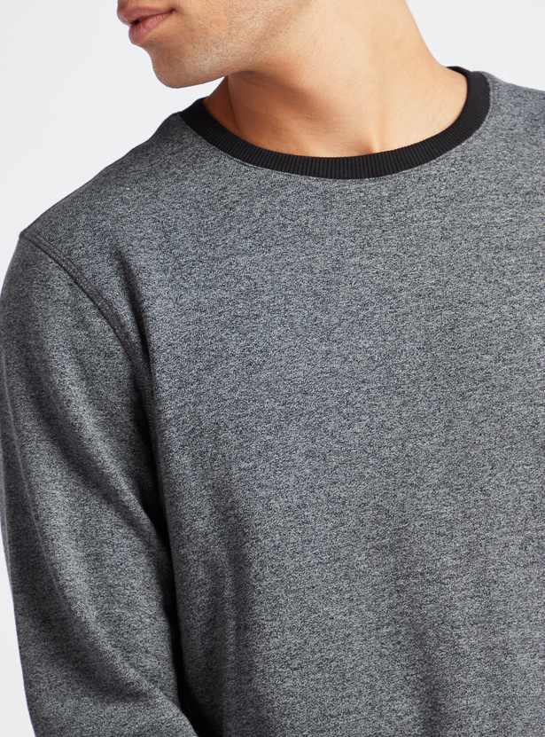 Solid Round Neck Sweatshirt with Long Sleeves